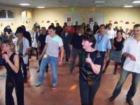 Initiation à la danse country lors de la soirée beaujolais de Claix naturellement